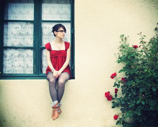 Red like roses • Maryline Nardi