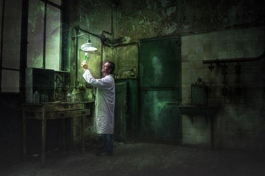 Le chimiste • Régine Cloet