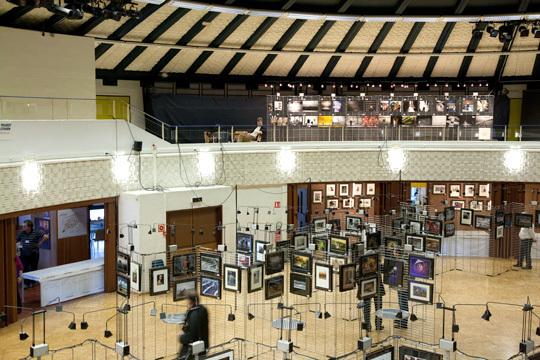 L'installation du Salon avant l'ouverture des portes. © Compétence Photo
