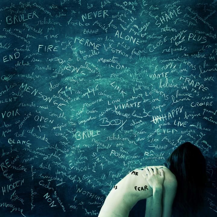 The weight of your words • Julie de Waroquier