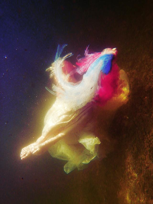 Drowning bride • Anne-Laure Étienne (série)