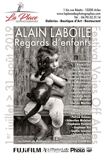 Cet été, mille et un regards d'enfants s'emparent de La Place des photographes à Arles