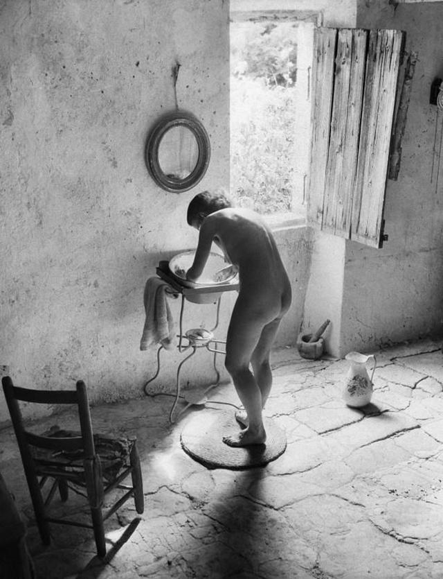 Le nu provençal, Gordes (Vaucluse), 1949