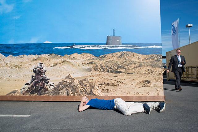 Un envoyé très spécial au chevet de l'Anthropocène, par Émile Loreaux • festival de photographies les Photaumnales (1/3)