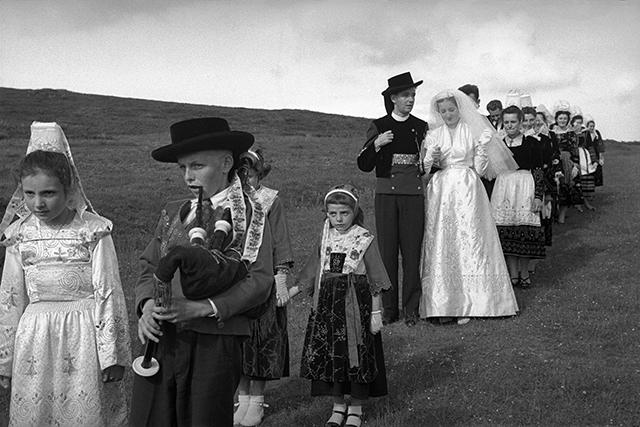 Sabine Weiss expose la Bretagne des années 50 au festival photo de la Baie de Saint-Brieuc