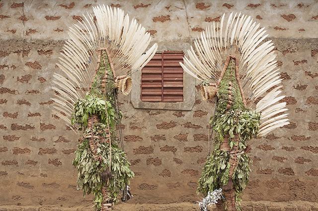 Les Vagamondes : Omar Victor Diop et Mauro Pinto exposent au festival des cultures du Sud