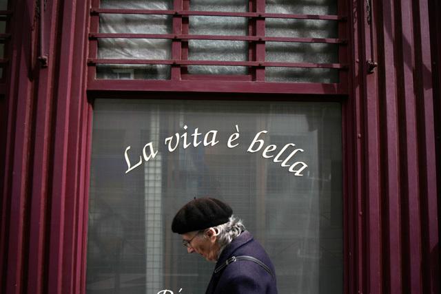"""Baptiste Hauville, Grand lauréat du Créathlon 2012 et lauréat du thème""""La vie est belle"""""""