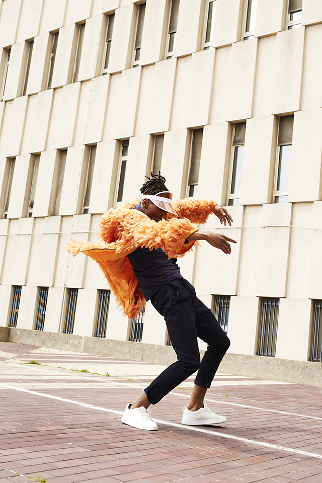 Valérie Mathilde fait danser la photo de mode