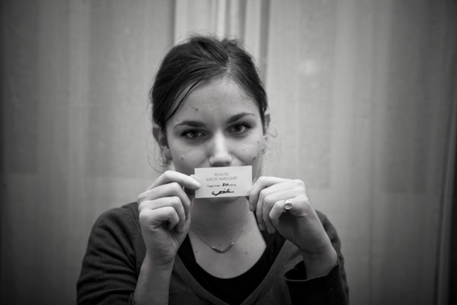 Julie de Waroquier and the label n°200.