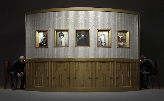Vue de l'installation « The Keyhole », 2011 © Erwin Olaf