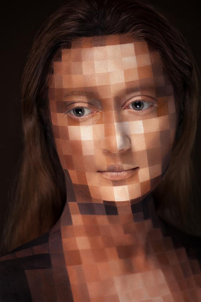 2D or not 2D • Alexander Khokhlov, Valeriya Kutsan et Veronica Ershova (série et vidéo)