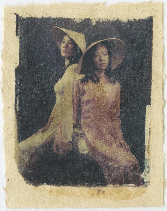 Claire et Sophie, mes petites sœurs • Diane Vo Ngoc