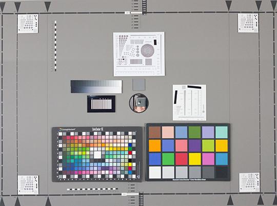 Photo-test réalisée en labo avec le Galaxy S8 de Samsung.