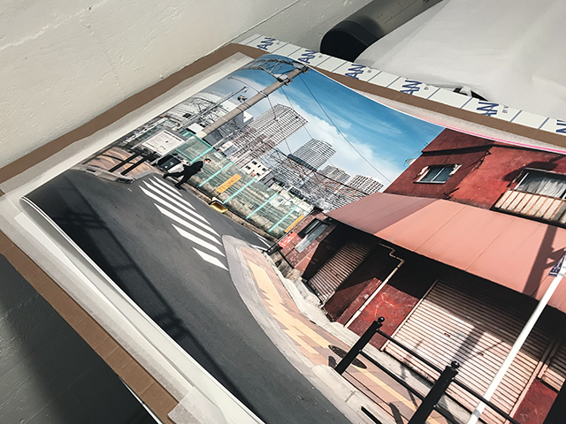 "Réalisation des tirages de l'exposition ""it's So Street"" par le laboratoire Art Photo Lab"