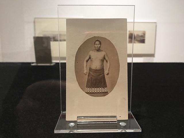 Portrait du Sumo Wrestler Onogawa Saisuke – Felice Beato – 1863-1868