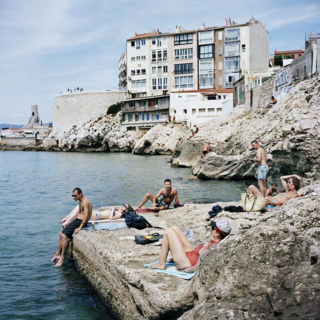Faux Bourgs © Yohanne Lamoulère / Tendance Floue