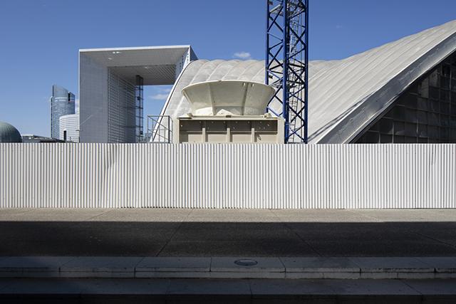 Omniprésence ou absence urbaine, face à face entre les photographes Lucie Jean et Alexis Paoli