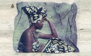 """""""Angola, papier de copeaux de bois"""", une photographie de """"Paper Exploration"""", la série racontée par Diane Vo Ngoc (7/10)"""