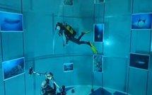 La photo sous-marine se jette à l'eau