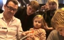 En attendant le facteur avec Alain Laboile et sa famille